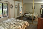 Mammoth Vacation Rental Snowflower 73 - Guest Bedroom has a Queen Bed and Large Mirrored Closet