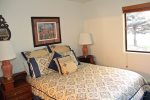 Mammoth Lakes Vacation Rental Snowflower 82 - Second Bedroom has 1 Queen Bed