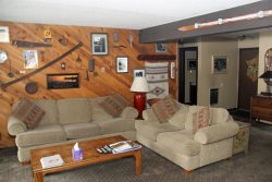 Mammoth Lakes Rental Wildflower 7 - Living Room with 1 Queen Sofa Bed
