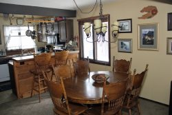 Mammoth Lakes Vacation Rental Wildflower 7 - Dining Area
