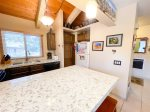 Mammoth Vacation Rental Wildflower 36 - Bedroom 32 Inch Flat Screen w/blueray dvd