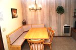 Mammoth Vacation Rental Chamonix 45 - Comfortable Dining Area