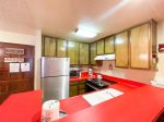 Mammoth Lakes Vacation Rental Chamonix 77 - Fully Equipped Kitchen