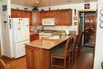 Mammoth Vacation Rental Chamonix 40 - Fully Equipped Upgraded Kitchen with Granite and Bar Top with Aditional Seating