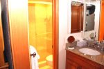 Mammoth Condo Rental Chamonix 40 - 2nd Floor Upgraded Bathroom