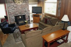 Mammoth Condo Rental Chamonix 85 - LR with Fireplace and Flat Screen TV