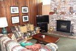 Chamonix #86: Mammoth Townhome Rental Near Canyon Lodge / WIFI Internet Access: Walk To The Lifts