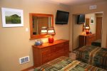 Mammoth Lakes Vacation Rental Chamoix 95 - 2nd Bedroom has Two Twin Beds and Flat Screen TV