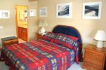Mammoth Condo Rental Chamonix 95 -  Master Bedroom has Private Bath