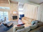 Chamonix #99: Mammoth Townhome Rental Near Canyon Lodge / WIFI Internet Access: Walk To The Lifts