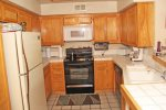 Mammoth Vacation Rental Snowcreek 628 - Fully Equipped Kitchen