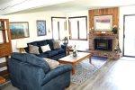 Wildflower Mammoth Condo #45: 1 Bedroom & 1 Bath / WIFI Internet Access: Central to Town & Walk to Mammoth Ski Area Shuttle