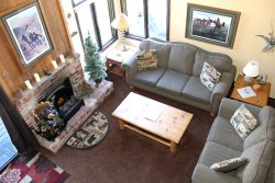 Wildflower Mammoth Condo #24: 2 Bedroom & Loft with 2 Baths / Phone & Wireless Internet Access / Walk to Town & Mammoth Free Shuttle