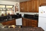 Mammoth Vacation Rental Snowflower 15 - Nicely Updated Kitchen with Granite Countertops