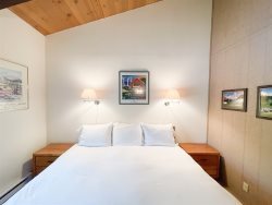 Mammoth Condo Rental Chateau Blanc 30 - 2nd Bedroom has 1 Queen Bed