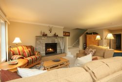 Upscale 3 BR at Topnotch Resort Overlook - Perfect Home with Views of Mt. Mansfield!