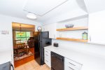 Walk to private tennis courts