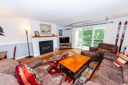 NEW listing! 2 Bedroom Hike in/Hike out, heated pool, tennis courts