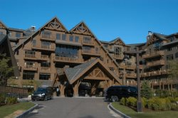 Slopeside 3 BR at The Lodge at Spruce Peak-  Enjoy the Spa, Gym, Dining, Swimming & Free Parking