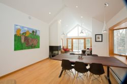 4 BR, 4 BA Mid-Modern Home with Stunning Views of Mt. Mansfield!