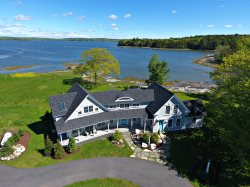 FLORA'S WATERFRONT RETREAT - Town of Waldoboro