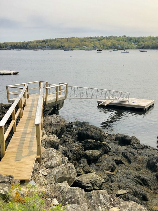 On The Rocks On The Water In Maine Vacation Rental Property