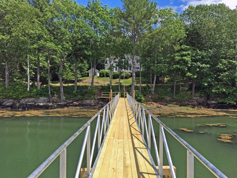 Rushing Tides - On the Water in Maine Vacation Property