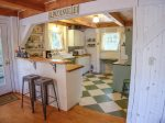 A quaint kitchen area
