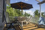 Outdoor dining seating for 6 on the deck