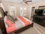 Master Suite - King Sized Bed