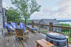 Spectacular lake view , pool and handicap accessible