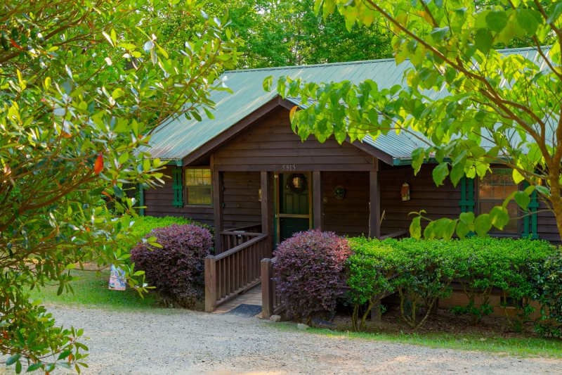 rentals so cabins creek helen blog cedar come popular ga cabin page are how