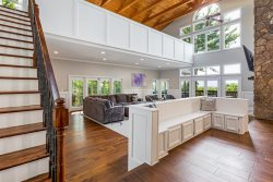 Overlook on Dean Mountain - Epic mountaintop retreat with panoramic mountain views, hot tub, and a pool!