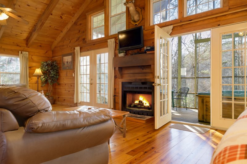 Helen, GA Cabin Rentals | Laurel Haven | Secluded 1 Bedroom Cabin With  Large Screened In Porch