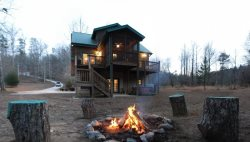Enjoy Fishing the Chattahoochee River at this Rustic Vacation Retreat