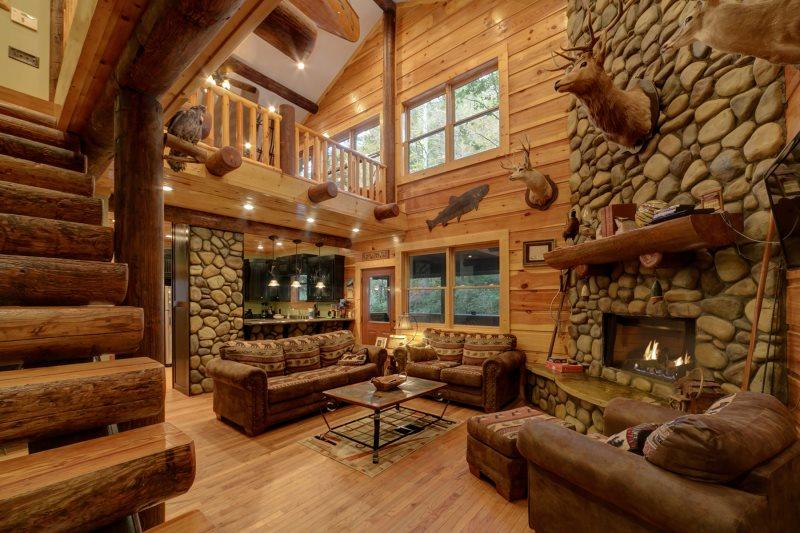 Helen GA Cabin Rentals   A River Runs Thru It   Luxury Rental home ...