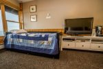 This suite also has twin trundle beds- great for kids