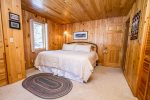 The master bathroom has a king sized bed and plenty of closet space to unpack and enjoy your Caribou Lake vacation.