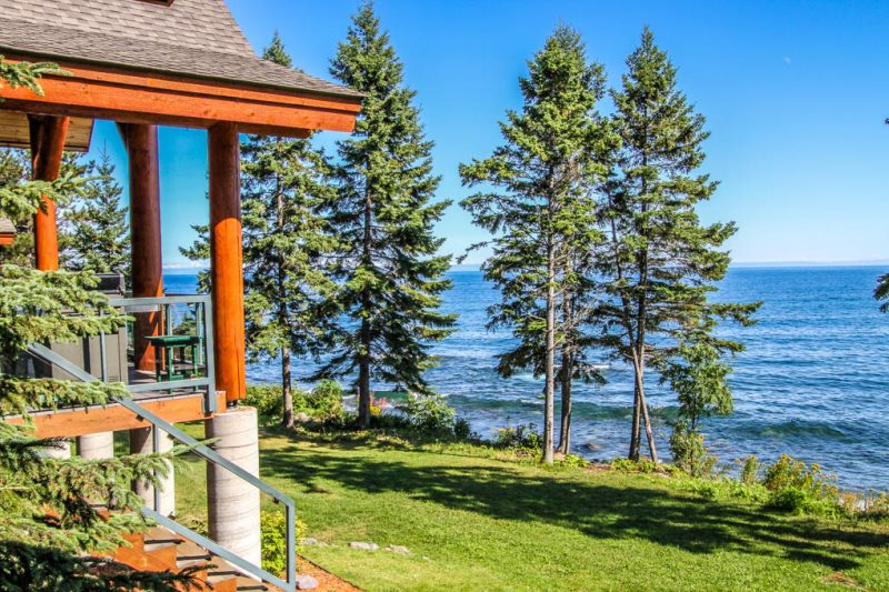 Temperance Landing 24 Is A Luxury Log Home Nestled On The Edge Of Lake Superior In Town Schroeder MN