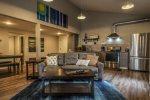 Cascade Cornerstone East - Downtown Grand Marais Minnesota lodging