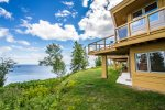 Terrace Point is a series of Frank Lloyd Wright inspired condos on a point overlooking Lake Superior.Terrace Point is a series of Frank Lloyd Wright inspired condos on a point overlooking Lake Superior.
