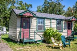 North Shore Cottages Cabin 3 - Duluth cabin rentals mn