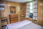 North Shore Cottages are located on the North Shore Scenic Drive just a few miles from Duluth.