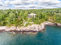 Stones Throw Retreat is a vacation rental home on a unique stretch of Lake Superior shoreline in Tofte, MN.