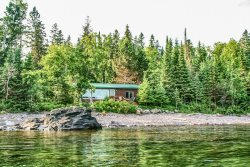 Amazing Grace a Grand Marais Minnesota cabin rental on Lake Superior