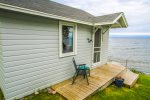 The cabin is easy access and located all on one level.