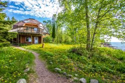 Birken Bay is a geodesic dome home vacation rental on the shores of Lake Superior in Schroeder, MN.