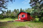 Make Opels Cabin 3 your North Shore home away from home.