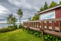 Brave Cove is a charming cottage on Lake Superior with great shoreline, hammock and large deck.
