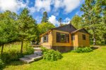 Minne Me a cabin rental on Lake Superior near Cascade River State Park